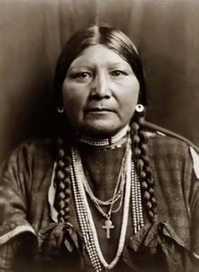 Portrait of a Nez Perce woman